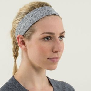 RARE Lululemon grey herringbone headband